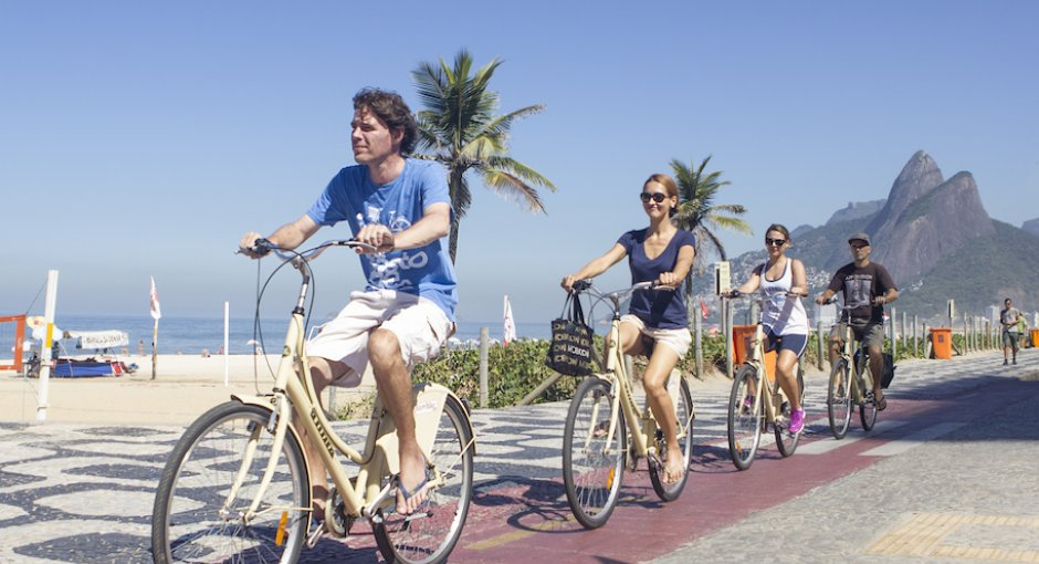 beach-ipanema-bike-rio-tours