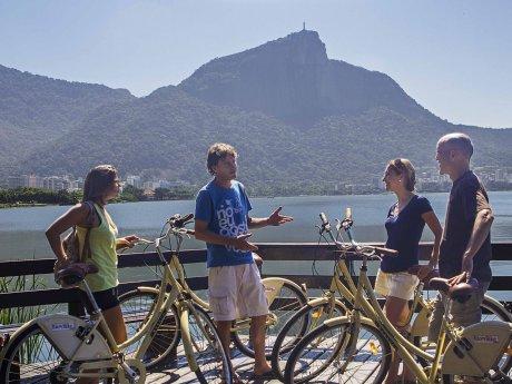 lagoa-rodrigo-freitas-bike-rio-tours
